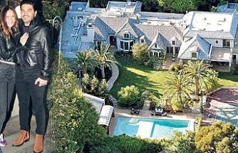 İş adamı Uğur Akkuş eşi Ebru Şallı'ya ABD'den 15 milyon dolarlık malikane satın aldı