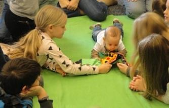 İsviçre'de iki çocuk yetiştirmenin maliyeti 3 milyon liradan fazla