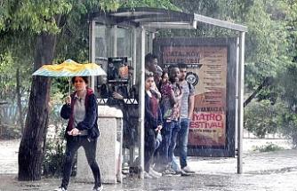 Meteoroloji Dairesi, bugünden itibaren yağışlı havanın etkili olacağını duyurdu