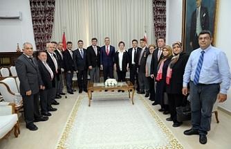 Uluçay, Türkiye Harp Malulü Gaziler Şehit Dul ve Yetimler Derneği heyetini kabul etti