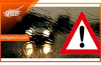 Sürücülerin dikkatine... İskele-Karpaz Anayolunun, Boğaz mevkii ile harup ambarları mevkii arasında şiddetli yağış