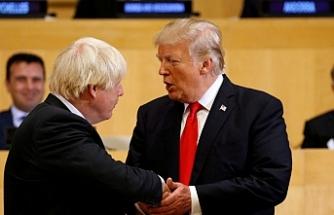 Trump İngiltere'deki seçimden zaferle çıkan Johnson'ı kutladı