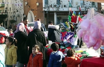 Libyalılar 17 Şubat devrimini kutlamaya başladı