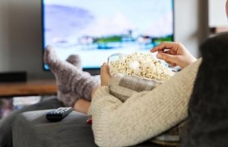 Televizyon karşısında fazla kalmak kalp sağlığını bozuyor