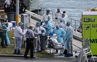 ABD'li doktor: Ülkede koronavirüsten ölümler 100 ile 200 bin olabilir
