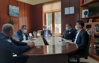 Bakan Pilli, Lapta'da alınan tedbirler ile ilgili toplantı gerçekleştirdi