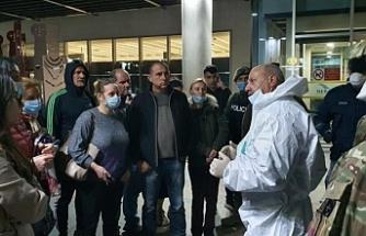 Güneyde 357 yabancı uyruklu Baf Havaalanı'ndan ülkelerine gönderildi