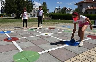 """Harmancı: """"Tüm çocukların özgürce koşup oynayabileceği alanlar için çalışıyoruz"""""""