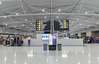 Larnaka ve Baf Havalimanları yolcu kabul etmeye hazır
