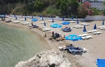 Mare Monte plajı hizmetinizde... Sosyal mesafe kurallarına göre yeniden dizayn edildi