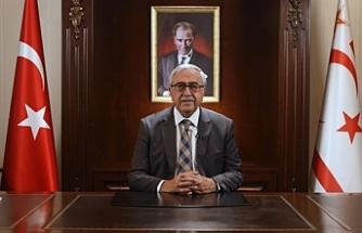 Akıncı ve Tatar'dan Eroğlu'na geçmiş olsun mesajı