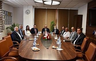 """Çavuşoğlu: """"DAÜ yüksek eğitimin lokomotifi… Göz bebeğimiz"""""""