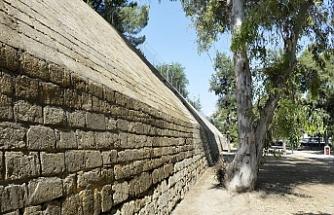 Lefkoşa Surlarının temizliği ve koruma çalışmalarının birinci etabı tamamlandı