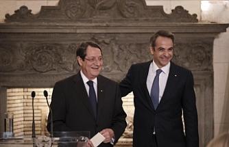 Rum Liderin Atina temasları