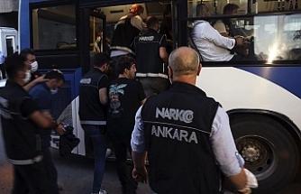 Türkiye'de Cumhuriyet tarihinin en büyük uyuşturucu ve suç geliri operasyonunda 34 şüpheli tutuklandı