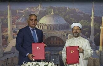 Türkiye Kültür ve Turizm Bakanlığı ile Diyanet İşleri Başkanlığı arasında 'Ayasofya' protokolü imzalandı