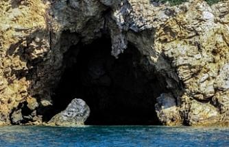 Deniz Mağrasında Kayıp Olan 3 Kıbrıslı Türk'ün Kalıntıları Çıkarıldı