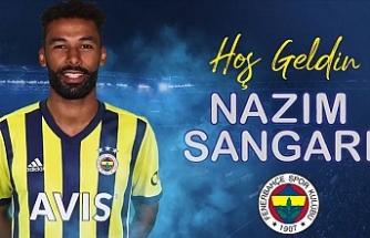 Fenerbahçe, Nazım Sangare'yi renklerine bağladı
