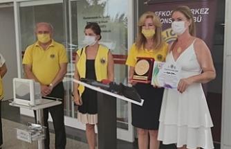Onkoloji Servisi'ne tıbbı alet bağışı