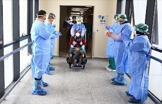 Türkiye'de 1519 kişiye daha hastalık tanısı konuldu