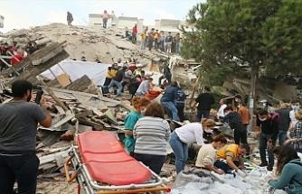 İzmir'deki depremde can kaybı 25'e, yaralı sayısı 804'e yükseldi