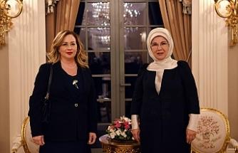 Sibel Tatar, Emine Erdoğan ile bir araya geldi