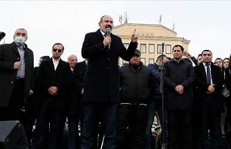 Ermenistan Cumhurbaşkanı Sarkisyan 'Genelkurmay Başkanını görevden alma kararnamesini' geri çevirdi