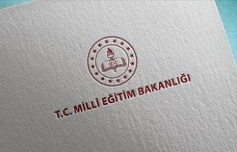 Türkiye'de yüz yüze eğitime 2 Mart'ta illerin salgın koşullarına göre başlanacak