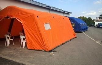 Lefkoşa Acil Durum  Hastanesi'ne bekleme çadırları kuruldu