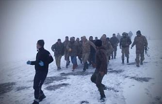 Türkiye'nin Bingöl ilinden kalkan askeri helikopter kaza kırıma uğradı: 9 şehit