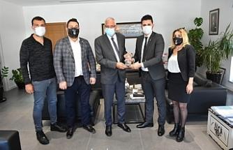 Beşiktaş Taraftar Derneği'nden Girne Belediyesi'ne ziyaret
