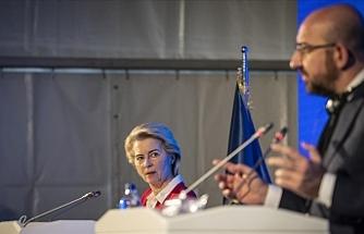 """Der Spiegel: """"AB başkanlarının ziyaretindeki protokol olayının kaynağı Michel ve Leyen arasındaki anlaşmazlık"""""""