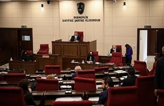 Hükümetin ve muhalefetin erken seçim tarihine ilişkin önerilerinin komitede görüşülmesi onaylandı