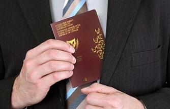 """Pasaportlar """"Bir alana bir bedava"""" gibi dağıtılmış"""