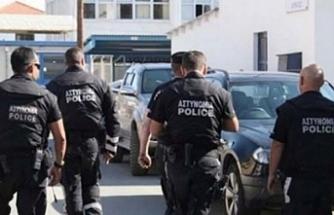 Güneyde polisler başkanlık sarayına yürüyecek