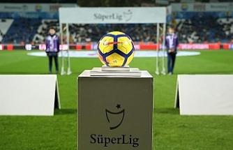 Türkiye Süper Lig'de şampiyon ve küme düşenler yarın belli olabilir