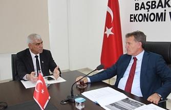 """Arıklı: """"Türkiye'deki sanayi bölgelerini örnek olarak almalıyız"""""""