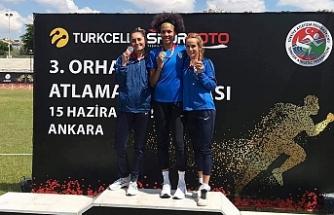 Buse Ankara'da birinci