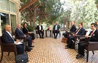 Ertuğruloğlu, Antalya'da Azerbaycan Cumhuriyeti Dışişleri Bakanı ile görüştü