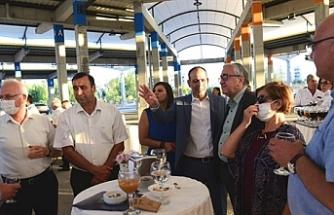 Eski LTB Başkanları ve bazı belediye başkanları merkez Lefkoşa'yı gezdi