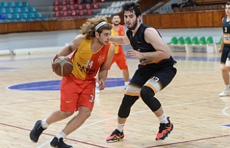 H.Soyer play-off'ta: 81-62