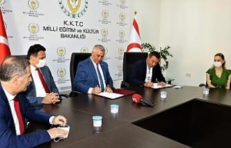 Maraş bölgesinde yeni yapılacak okul inşaatına ilişkin protokol imzalandı