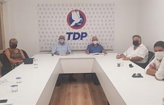 """Özyiğit: """"Kıbrıs Türk halkını dünyayla buluşturacak siyasetlere ihtiyaç var"""""""