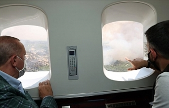 Erdoğan Antalya'da orman yangınlarının yaşandığı bölgeleri helikopterden inceledi