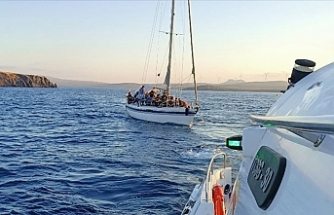 İzmir'de 388 sığınmacı kurtarıldı