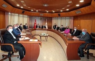Tatar, Bakanlar Kurulu'na başkanlık ediyor