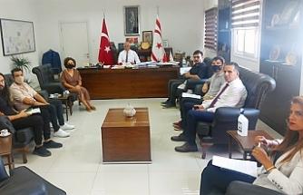 Amcaoğlu, Kuir Kıbrıs Derneği temsilcilerini kabul etti