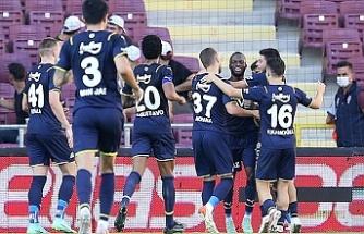 Fenerbahçe Hatay deplasmanından lider döndü