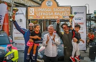 Lefkoşa'da kazanan Bulutoğluları-Yücener ikilisi