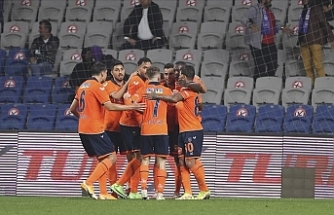 Başakşehir karşısında Beşiktaş'tan puan kaybı